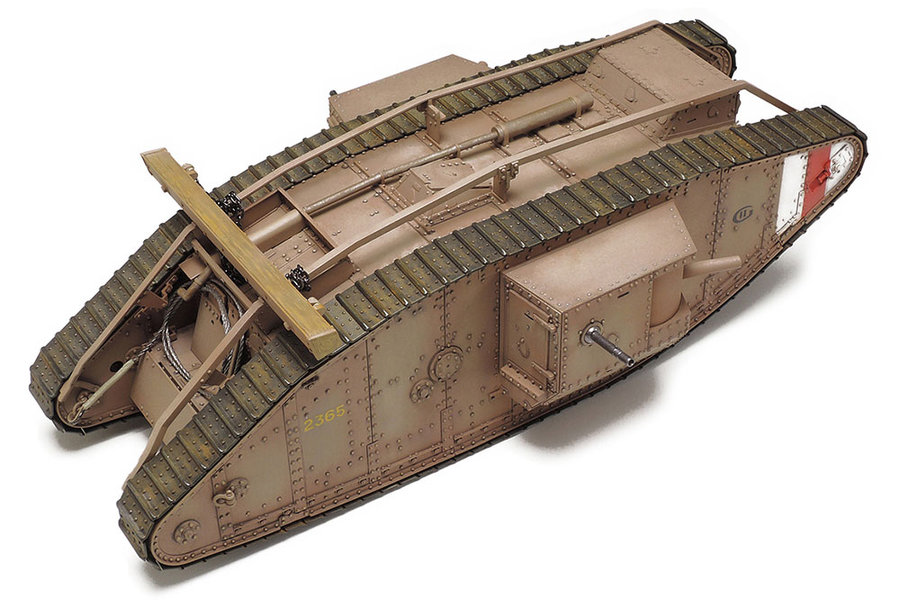 Tamiya 1/35 WWI British Tank Mk.IV Male (48214)