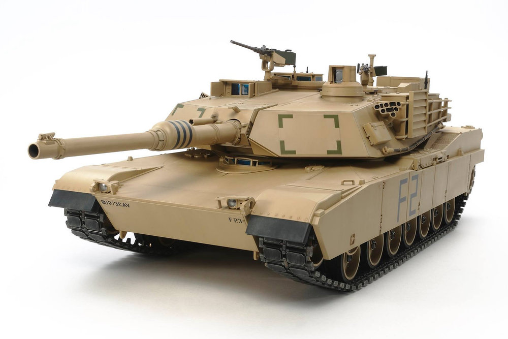 Tamiya 1/16 U.S. Main Battle Tank M1A2 Abrams Full-Option Ki